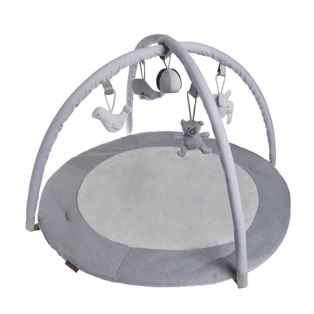 tapis dveil gris argentgrisblanc